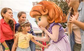 disney-princess-of-orlando-florida-resort